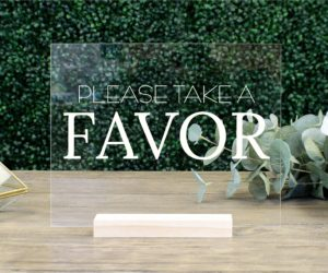 favors table sign ea