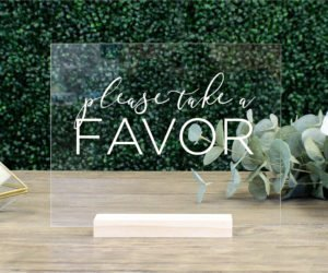 favors table sign ed