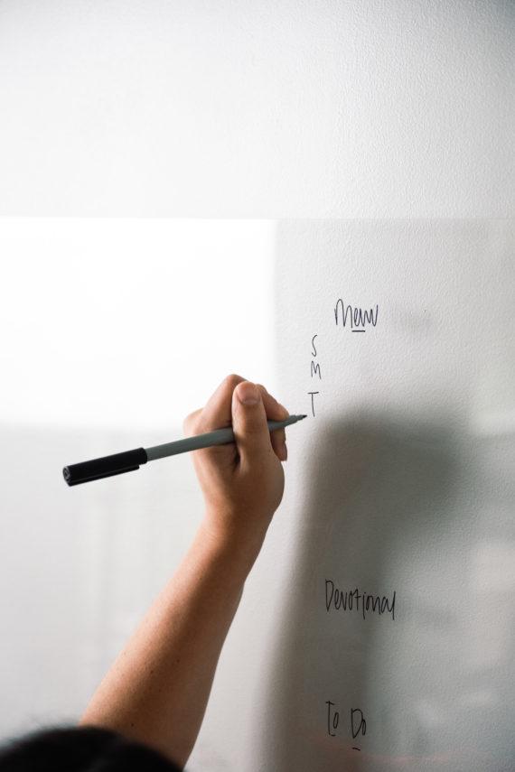 Blank Clear Acrylic Dry Erase Writing Board