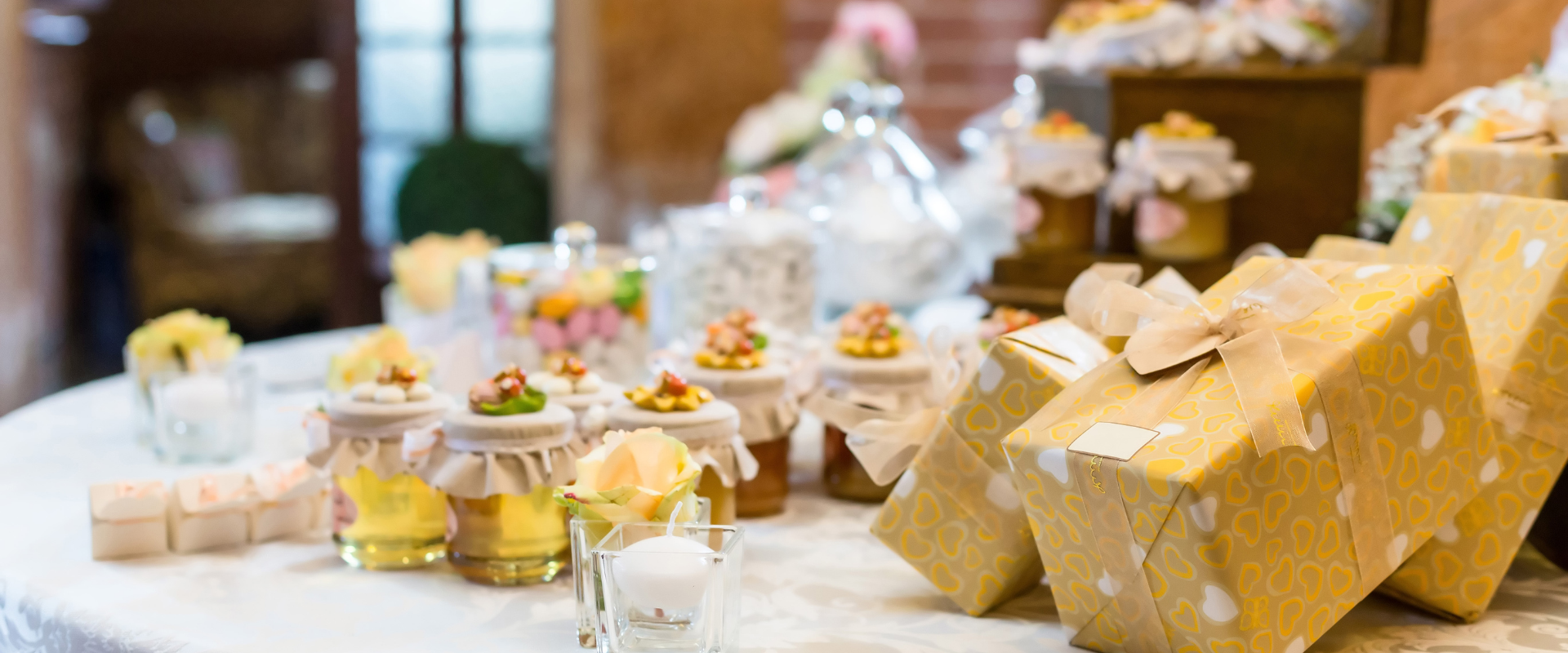 Tips for Choosing Wedding Favors Your Guests Will (Actually) Want